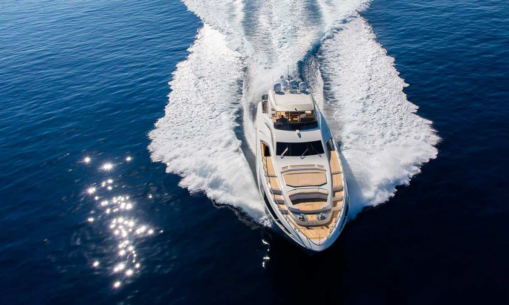 2 Amer-Yachts-Kwait-